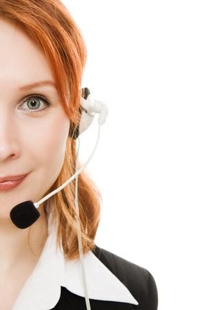 servicio al cliente: Hermosa mujer de negocios con el auricular en un fondo blanco
