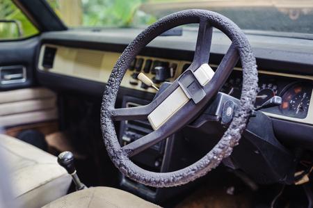 abandoned car: En el interior del coche abandonado Foto de archivo