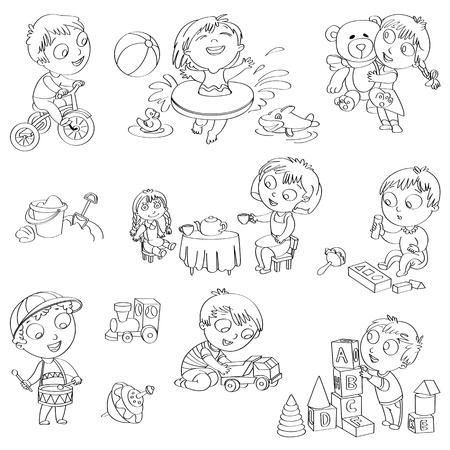 Joue avec poupée, garçon assis sur un tricycle, en jouant avec la voiture jouet