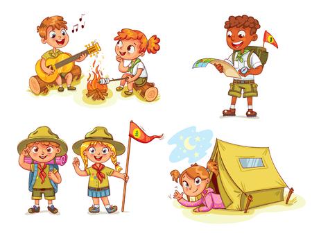 Geste Scout honneur de la main. Camping. Boy jouer de la guitare autour du feu de camp. Kid étudie une carte tournée d'itinéraire. Fille couchée dans la tente de camping. Torréfaction guimauves sur un feu de camp. personnage de dessin animé drôle. Ensemble Banque d'images - 68554454