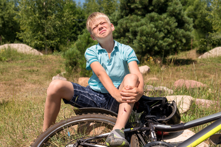 Teenager has fallen from bicycle and was traumatized