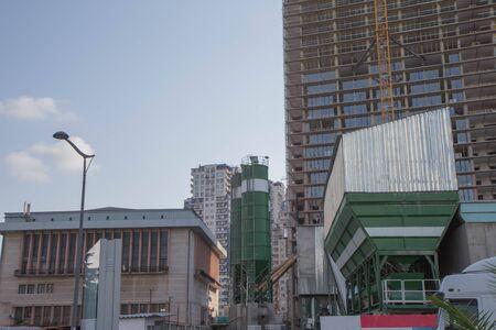 Contexte du chantier de construction. Gros plan sur la construction de bâtiments. Génie civil moderne