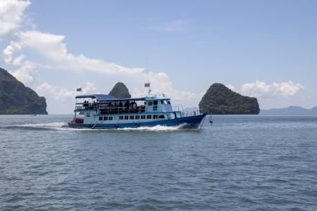 phang nga: Tourist boat in Phang Nga Bay, Thailand