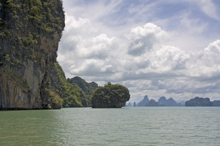 phang nga: Green waters of Phang Nga Bay, Thailand Stock Photo