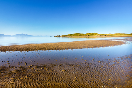 lyn: Newborough beach, Anglesy Wales overlooking Llanddwyn island and the Lyn peninsula Stock Photo