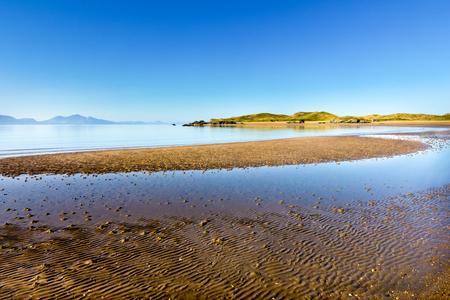 lyn: Newborough beach, Anglesy Wales overlooking Llanddwyn island and the Lyn peninsula Stock Photo