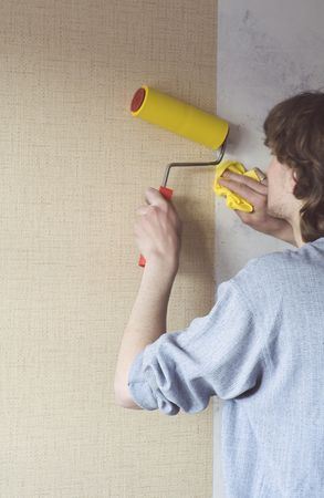 building repairs, decoration with wallpaper. Stock Photo - 2689918