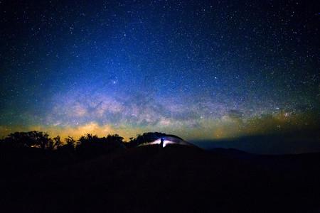 milkyway: Wide field long exposure photo of the Milky Way