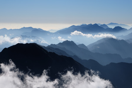 雲の高山からの眺め