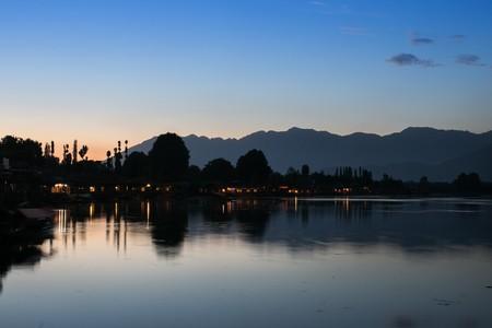 kashmir: Dal lake, Kashmir, India