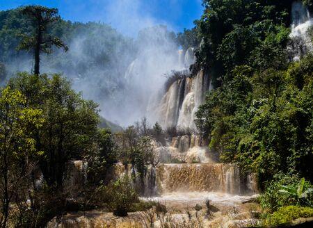 Thi Lo Su Waterfall in Umphang Wildlife Sanctuary, Umphang Tak, Thailand. Stock fotó