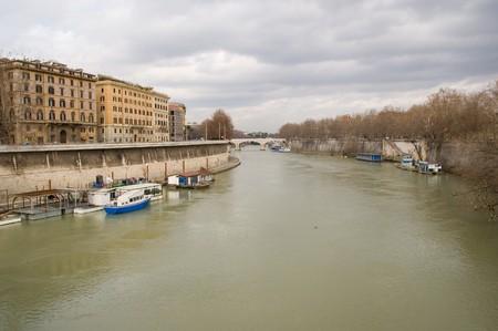 tiber: Roma, el r�o T�ber Foto de archivo