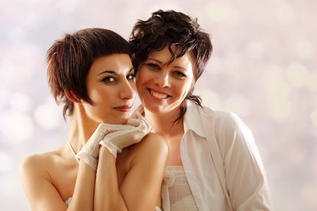 amor gay: pareja de la mujer feliz atractivo