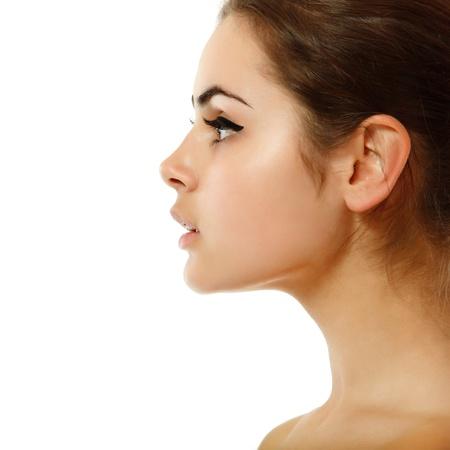perfil de mujer rostro: Perfil de mujer joven belleza adolescente aislada sobre fondo blanco