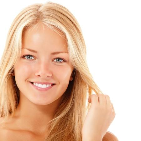 jolie fille: adolescent belle fille joyeuse appréciant isolé sur fond blanc Banque d'images