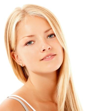 adolescentes riendo: adolescente alegre disfrutando de hermosa aisladas sobre fondo blanco Foto de archivo