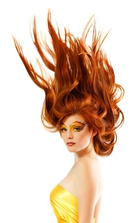 人間の髪の毛: 火災のティーンエイ ジャーの女の子美しい赤毛の陽気を楽しんで 写真素材