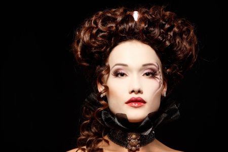 aristocrático: mujer hermosa de Halloween vampiro arist�crata barroco Foto de archivo