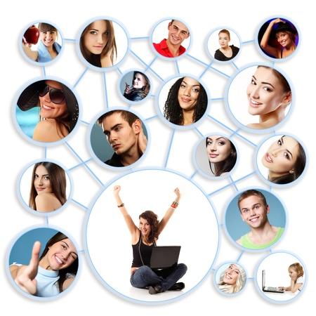 interaccion social: Mujer joven feliz con su red social, amigos y socios de negocios en un diagrama de círculo, sobre blanco