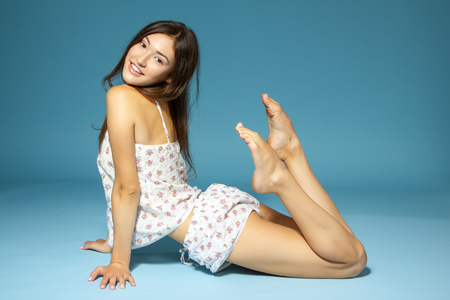 Teen Girl Legs Stock Photos And Images 123rf