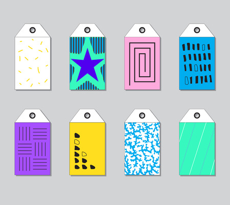 Set of bright geometric tags for gifts, new collections and sales in shops. 일러스트