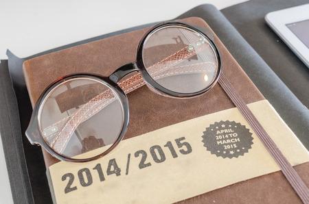 round glasses: modernas gafas redondas