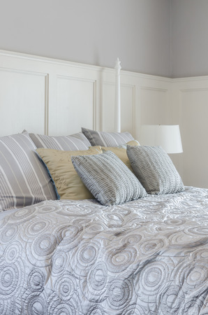 king size bed: pillows on king size bed