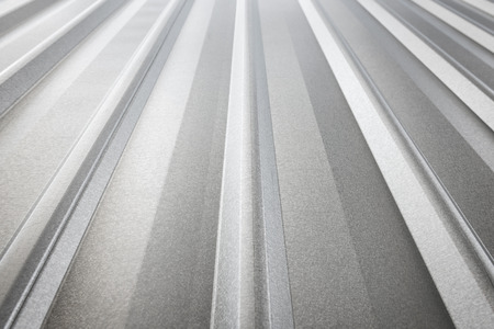 corrugated sheet metal, reflecting light Standard-Bild