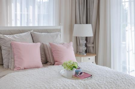 bedroom design: vase of flower on tray in luxury bedroom design
