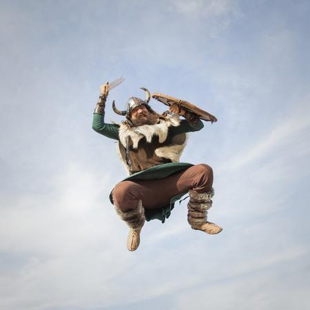 vikingo: Vikingos ataque desde el cielo