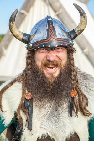 vestidos de epoca: El vikingo enojado Foto de archivo