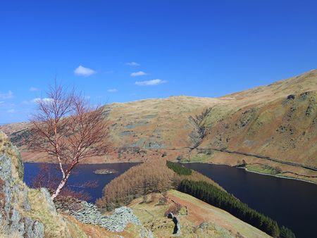 Looking down on Haweswater from the Rigg Stock Photo - 667460