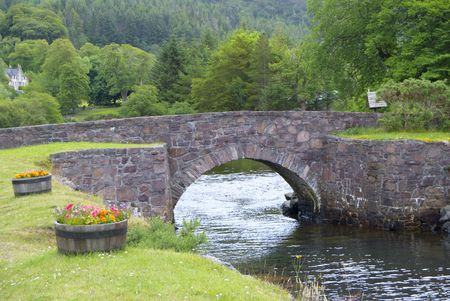 Stone Bridge, Flowerdale, Charlestown, Sutherlanda, NW Szkocji Zdjęcie Seryjne