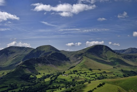 fells: The English Lake District Fells Hindscarth and Robinson, viewed from the slopes of Causey Pike Stock Photo