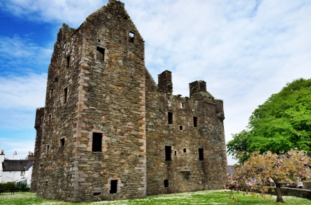 dumfries and galloway: A view of the 16th century MacLellans Castle, a historic building in Kirkcudbright, Dumfries and Galloway, Scotland Stock Photo