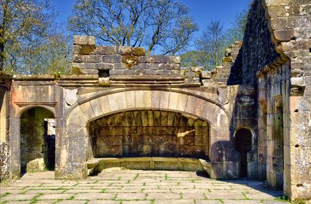 herrenhaus: Der Kamin des Wycoller, ein Ende des sechzehnten Jahrhundert Herrenhaus im Dorf Wycoller, Lancashire, England, heute eine Ruine.