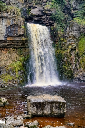 A close view of Thornton force, a waterfall near Ingleton in the Yorkshire Dales. 免版税图像