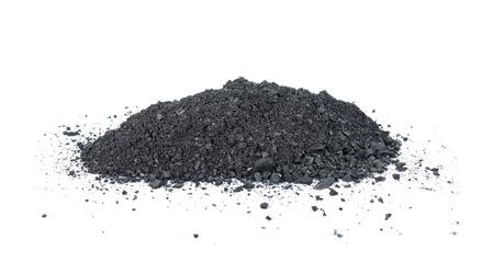 炭は、白い背景で隔離。