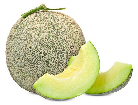 Melone mit der Scheibe lokalisiert auf weißem Beschneidungspfad.