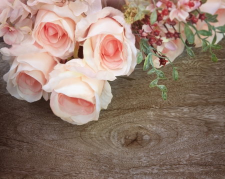 rose bouquet: rose bouquet on wood texture background
