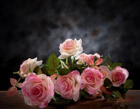 スタジオでバラの花束花の静物