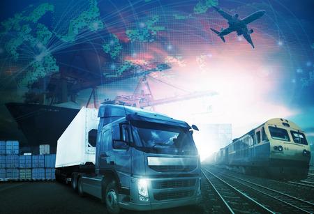 mundial de comercio con las industrias de camiones, trenes, buques de carga y logística de carga aérea uso de fondo para toda tema del transporte de importación y exportación Foto de archivo