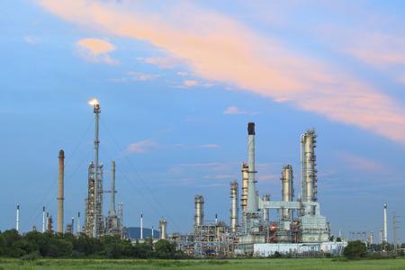 industria petroquimica: planta de petróleo y la industria petroquímica en Tailandia