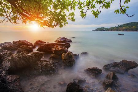 beautiful abandon sea scape with sun rising sky 版權商用圖片