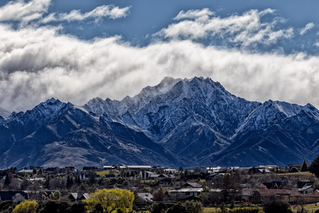 beautiful scenic of snow mountan in wanaka town southland new zeland Archivio Fotografico