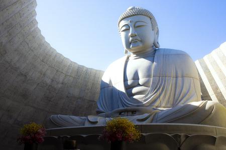 hokkaido japan - october8,2018 : japanese buddhist statue in hill of buddha sapporo hokkaido one of popular traveling destination 報道画像