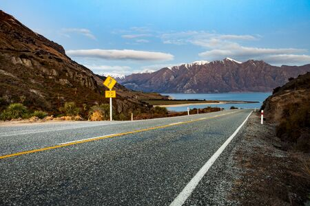 hermoso paisaje del lago hawea southland nueva zelanda Foto de archivo