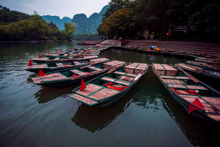 sailing boat in ninh binh canal most popular traveling destination in northern vietnam