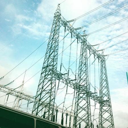 Electricity and blue sky background. Foto de archivo - 123432940