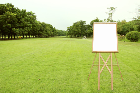 wooden draw board in the park Banque d'images
